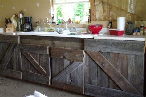 kitchen cabinets not wood 納屋の木製の棚 のおすすめアイデア 25 件以上 オープン棚 再利用木材の棚 日曜大工 6255