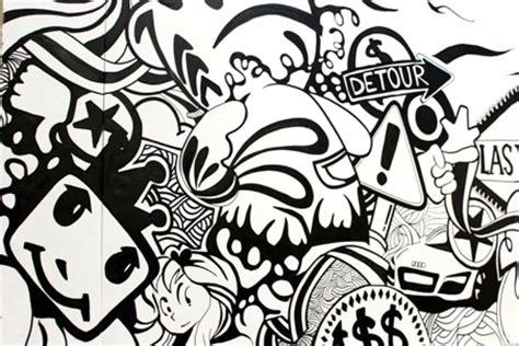 graffiti artist    painting mural artists