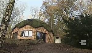 Une Maison  U00e9cologique En Forme De D U00f4me Avec Les Mat U00e9riaux