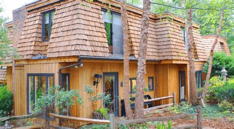 roofing material types cedar shakes vs shingles compare costs durability