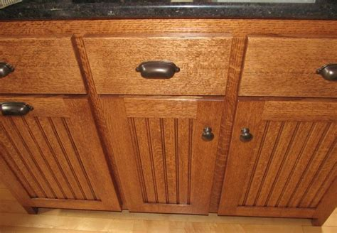 quarter sawn kitchen cabinets quartersawn oak kitchen cabinets traditional kitchen