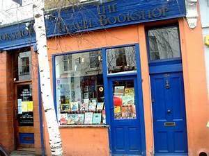 Notting Hill Stadtteil : notting hill librairie du film coup de foudre notting hill julia roberts et hugh grant ~ Buech-reservation.com Haus und Dekorationen