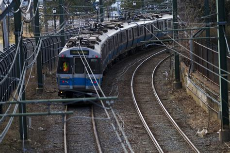 Blue Line Will Be Closed For 2 Weeks Between Bowdoin And ...