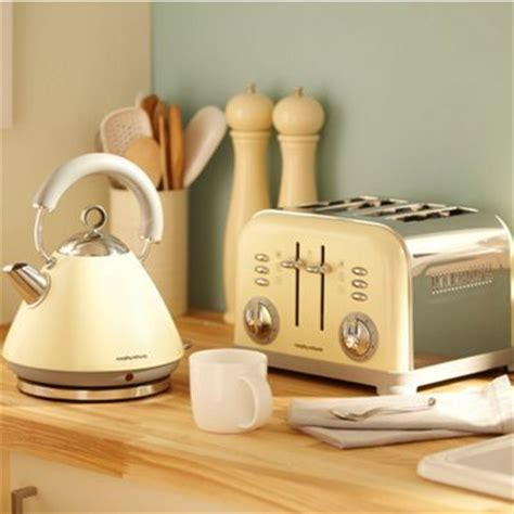 shabby chic kettle and toaster how to create a chic kitchen on a budget good to be home