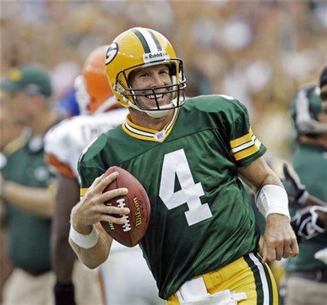 Packers Qb Brett Favre Retires