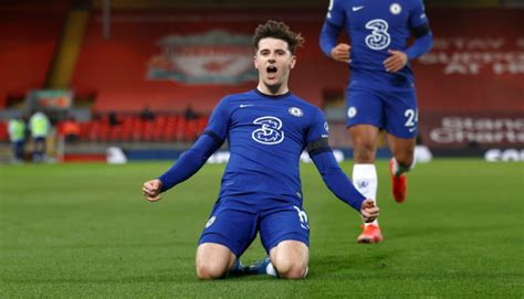 2021 English Premier League odds, May 1 picks: Proven ...