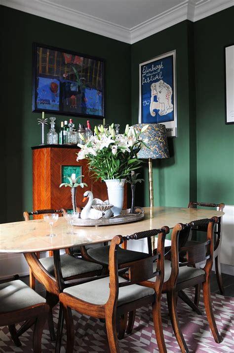 color inspiration bold  brilliant emerald green