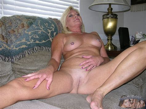 Amateur Blonde Mature Milf Modeling Nude Photo Gallery Porn Pics Sex Photos And Xxx S
