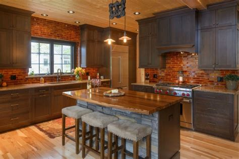 idea  spectacular backsplash  dark cabinets