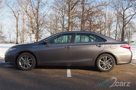 toyota camry hybrid se review webcarz
