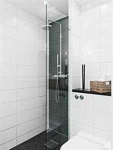 Salle De Bain Etroite : 1001 id es salle de bain italienne petite surface les deux pieds sur terre ~ Melissatoandfro.com Idées de Décoration