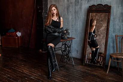 Boots Redhead Leather Hair Thigh Wearing Woman