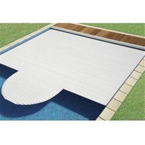rideau electrique de piscine sur mesure
