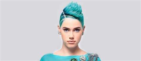 18 Badass Looks With A Mohawk