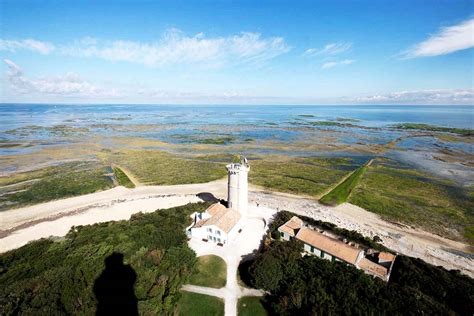 6 Reasons To Love The Beautiful Island Of Ile De Ré In