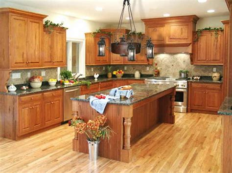 kitchen cabinets with hardwood floors what color hardwood floor with oak cabinets 8179