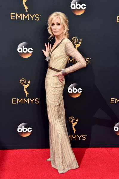 judith light weight loss emmys 2016 red carpet glam see what the stars wore
