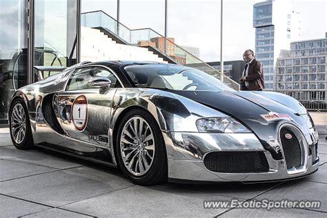 Bugatti Veyron Spotted In Düsseldorf, Germany On 09/15/2012