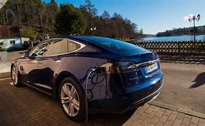Borne De Recharge Tesla : tesla d couverte d une borne de recharge destination chez les amis du lac ~ Melissatoandfro.com Idées de Décoration