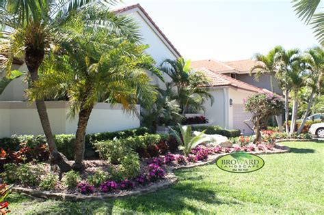 landscaping ideas miami front yard landscape tropical landscape miami by broward landscape inc