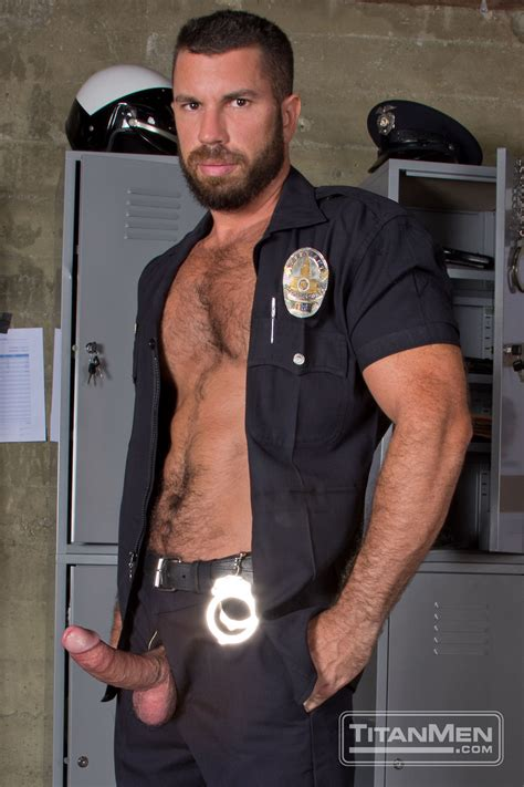 Gay Fetish Xxx Gay Cop Uniform Porn