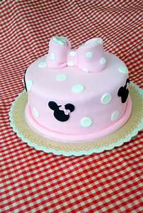 Frocca Pasteleria  Torta Minnie Con Mo U00f1o