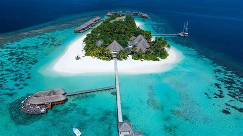 mirihi island small island   alif dhaal atoll