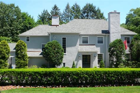 what 226 s the secret to long lasting exterior paint