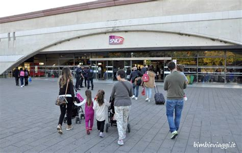 Volo Hotel Ingresso Disneyland - disneyland low cost consigli per un weekend a parigi