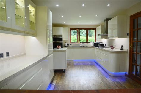 Kitchen Lights Za by Energy Efficient Led Downlights Combined With Colour
