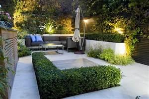 13 amenagements de petits jardins de ville a recreer chez vous With eclairage exterieur maison contemporaine 13 amenagement exterieur zen contemporain piscine lyon