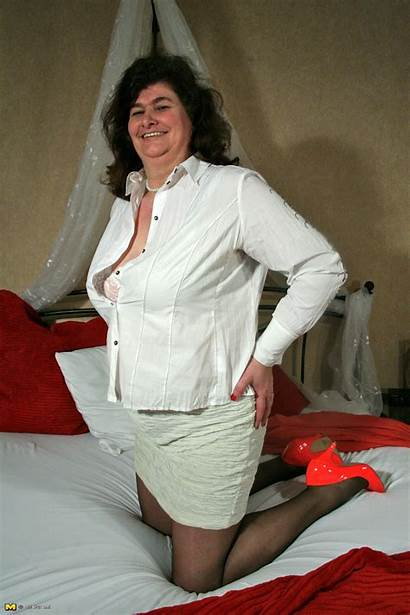Lieve Mature Dutch Housewife Herself Nl Older