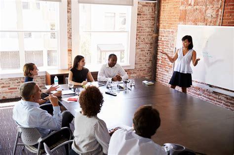 11343 business presentation audience the most of career development programs robert half