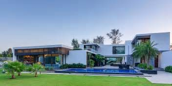 Fresh Modern House Features by Contemporary New Delhi Villa With Amazing Courtyard And