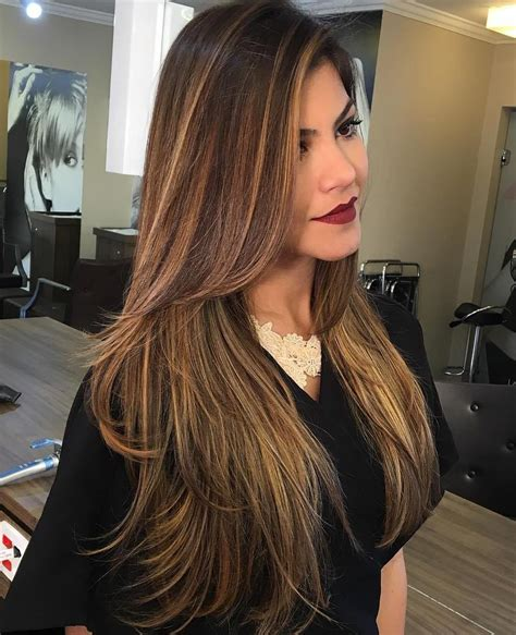 Hairstyles For Brown Hair With Highlights by 80 Layered Hairstyles And Cuts For Hair In 2019