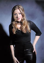 Jennifer Finnigan Hot