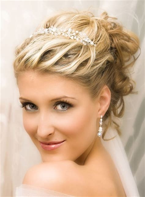 10+ Wedding Hairstyles 2014 for Short Hair PoPular Haircuts
