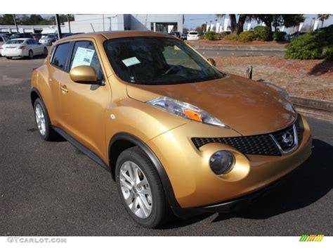 gold nissan car 2013 atomic gold nissan juke sv 75611347 gtcarlot com