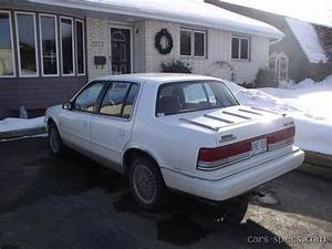 1992 Plymouth Acclaim Sedan Specifications  Pictures  Prices