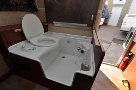 Rv Cassette Toilet Shower by Rv Cassette Toilet Shower Combo Vandweller T Cer