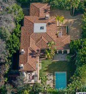 You can own Miley Cyrus' family home for a mere $6M