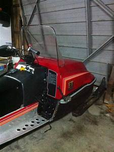 Skis Yamaha Enticer L  T 400 1982 1983 1984 1985 1986 1987