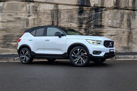 volvo xc40 edition volvo xc40 t5 r design launch edition 2018 review carsguide