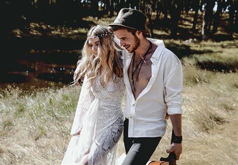 Eine beeindruckende Inspiration fu00fcr eine Hippie Hochzeit   Friedatheres.com