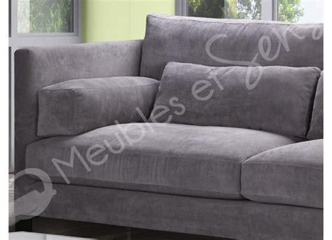 canapé lit très confortable canape tres confortable conceptions de maison blanzza com