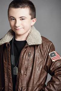 Atticus Shaffer previews the Season 6 finale of THE MIDDLE ...