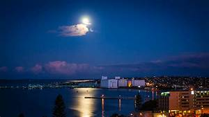 File:Full Moon - Boston Bay, Port Lincoln - South ...