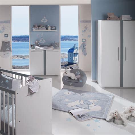 chambre bébé noukies chambre bébé garçon noukie 39 s theme arthur et merlin