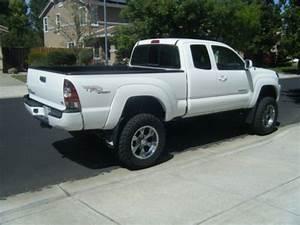 Purchase Used 2011 Toyota Tacoma 4x4 V