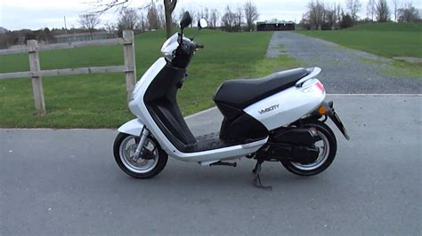 peugeot vivacity 50 2008 peugeot vivacity 3 50 scooter moped vgc 8 3k 2 owner new mot tax